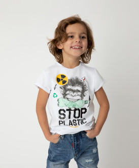 Футболка Stop Plastic для мальчика Gulliver Gulliver Wear 120FBMC1204 белого цвета