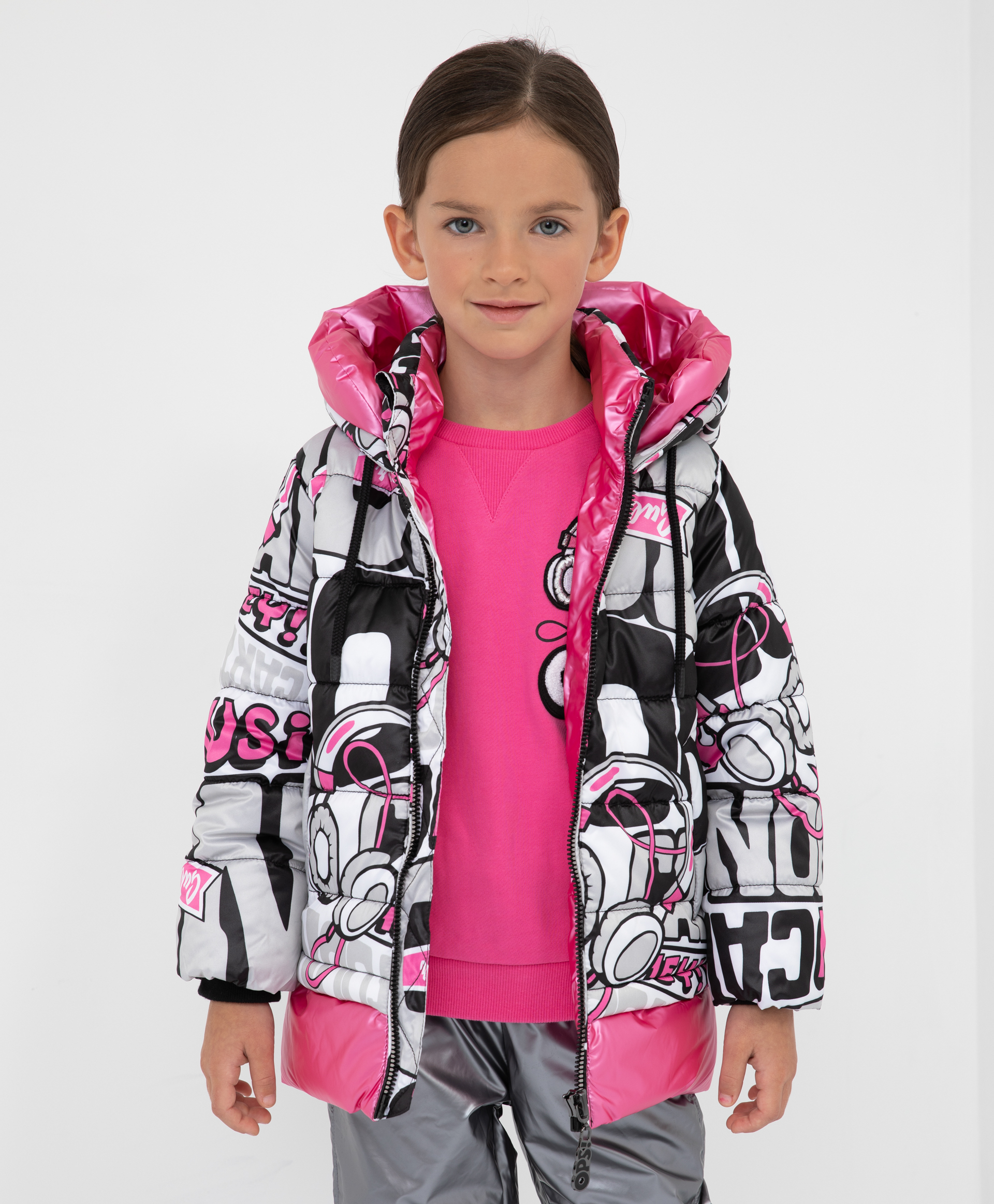 Куртка демисезонная с капюшоном Gulliver 22003GMC4107 разноцветного цвета
